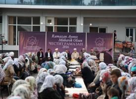 Благотворителна вечеря – ифтар се състоя в Сърница, 2000 дойдоха