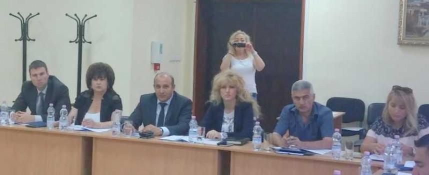 """Областният съвет по развитие учредява награда """"Инвеститор на област Пазарджик"""""""