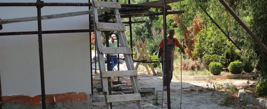 """В Септември: 3 бригади работят усърдно по църквата """"Св. Цар Борис – Михаил"""""""