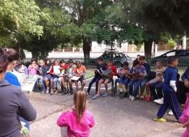 """В Лесичово: Читалището връща """"Хайде да четем в парка"""""""