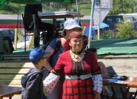 В Равногор: Валя Балканска оглася поляните на Свети Илия