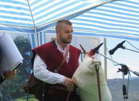 В Равногор: Ето кой си тръгва с награда от днешния ден на надсвирването