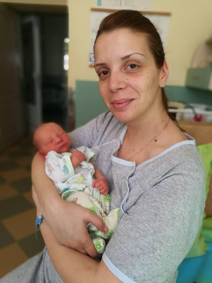 12бебе и майка Миреви1
