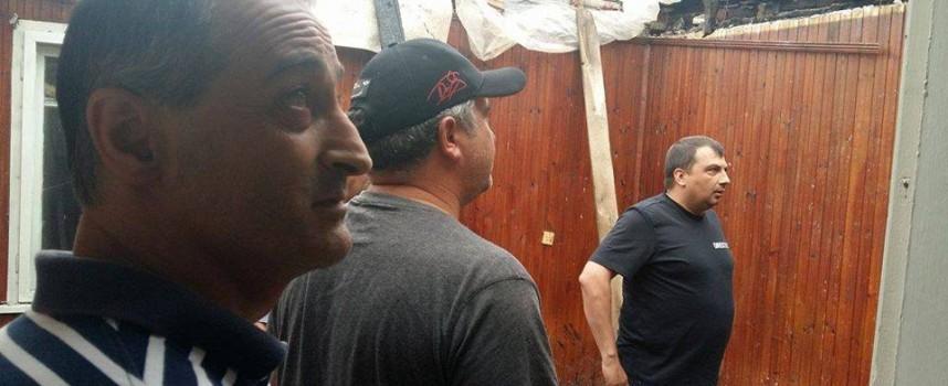 Марин Рачев поема ремонта на изгорялата къща в Карабунар