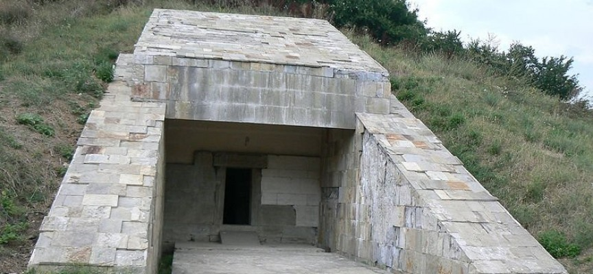 На 28 юли: Откриват юбилейна изложба в стрелчанската Жаба могила