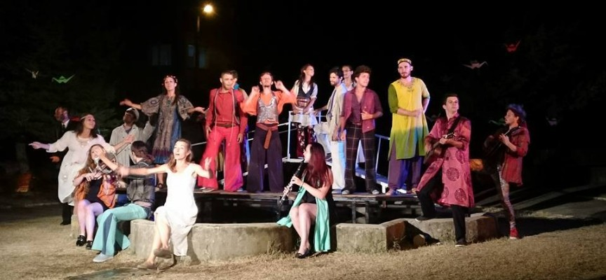 """Паталеница: Брилянтна премиера на """"Дванайсета нощ"""", лютня звуча в полите на Родопите"""