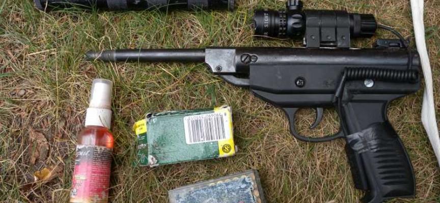Панагюрище: Мъж открадна и разфасова телето на комшия, откриха в дома му и боен арсенал