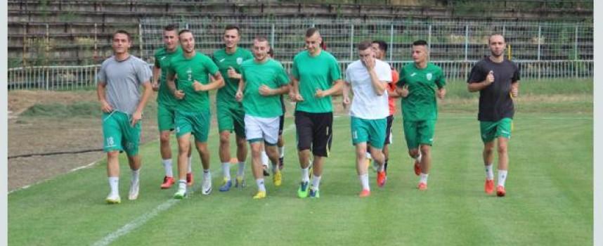 """Чудо в Пазарджик: 50 фена на първата тренировка на новия """"Хебър"""""""