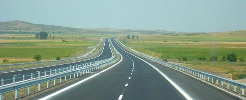 Четири катастрофи на магистралата заради аквапланинг, карайте внимателно