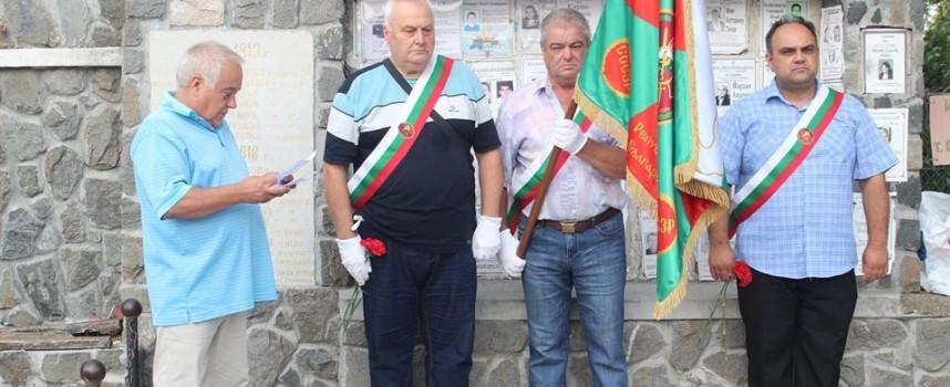 Семчиновци почетоха загиналите във войните