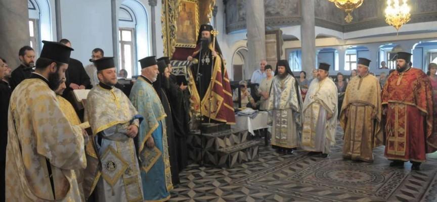 """Пазарджишката """"Свето Преображение Господне"""" чества храмов празник днес"""