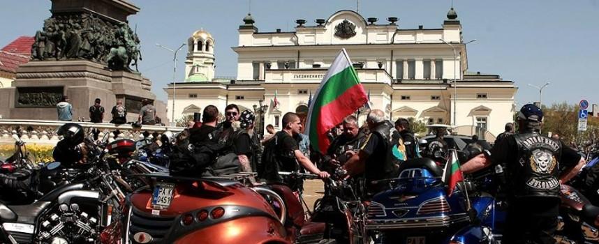 Утре: Рокери окупират съдилищата в крупен протест срещу беззаконието
