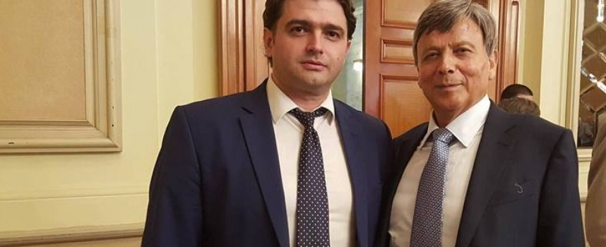 Светска хроника: Стойно Чачов уважи Деня на миньора в София