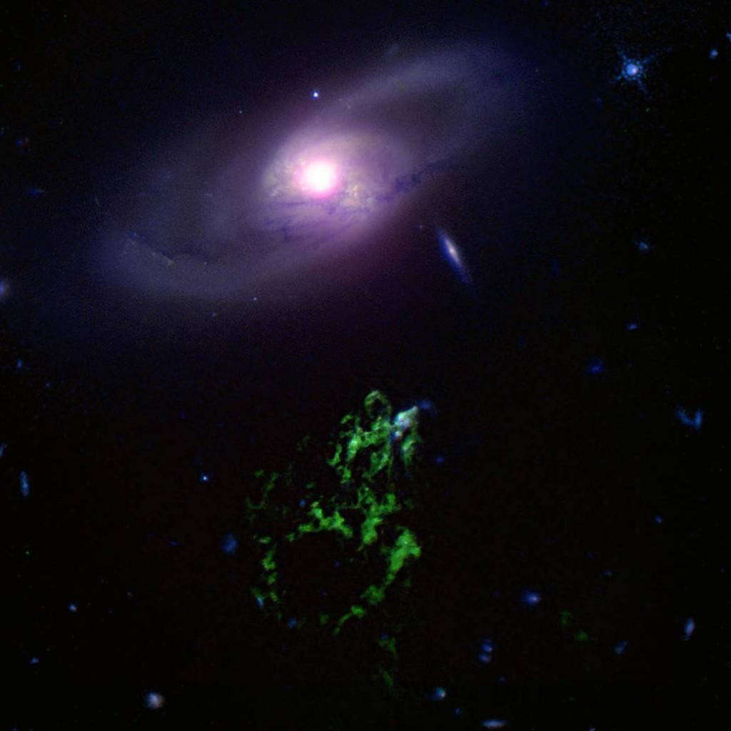 19наса-черна дупка