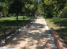 Монтират нови пейки в парковете на Пещера, Радилово и Капитана