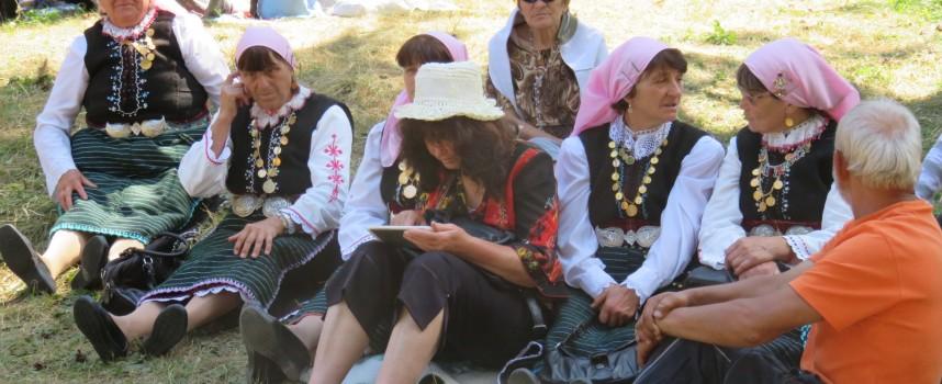 На 16-ти юли: Розово празнува Деня на ягодата и годишен събор