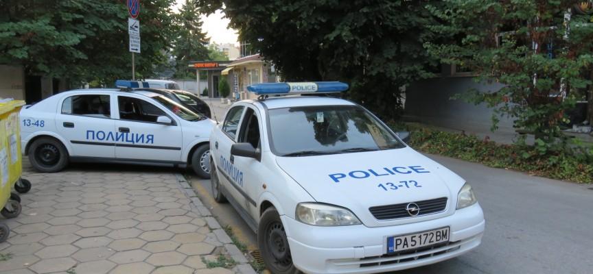 Антики и оръжие иззеха в Семчиново