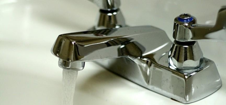 Майка: Ще се нанеса в кабинета на шефа на ВиК, у нас водата идва и спира два пъти седмично