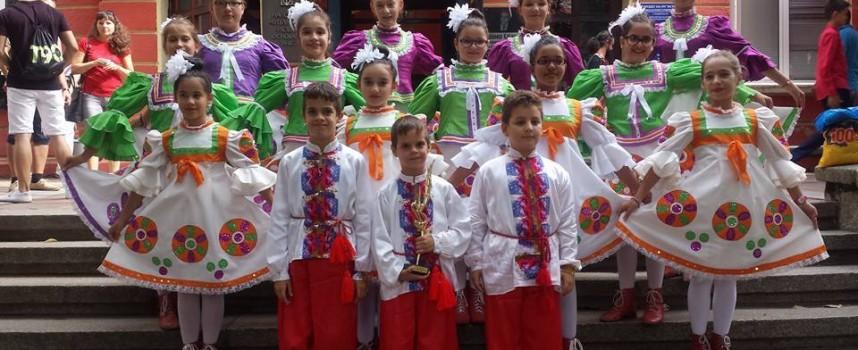 Пещерските деца с първо място на фестивал в Казанлък