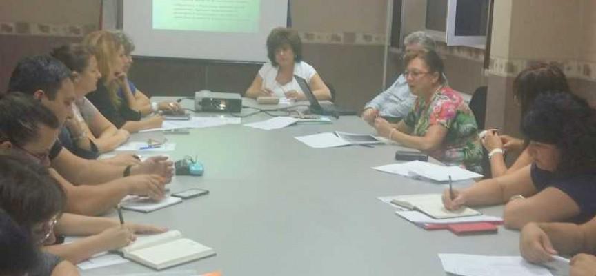 Комисията по заетостта обсъди разработването на регионална програма за областта