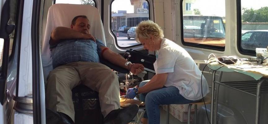 """Акция """"Дарете кръв, подарете живот !"""" се проведе в Септември"""