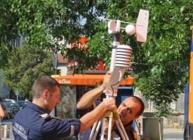 Демонстрации на Пожарната събраха пазарджиклии край Театъра