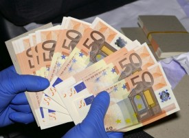 БОП удари банда фалшификатори на пари в Пловдив и София