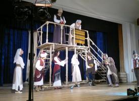 """В Септември: """"Старопланински легенди"""" изправи на крака публиката"""