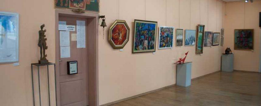 """В галерия """"Г.Машев"""": Седем художници тази вечер представят """"Младо и вечно младо изкуство"""""""