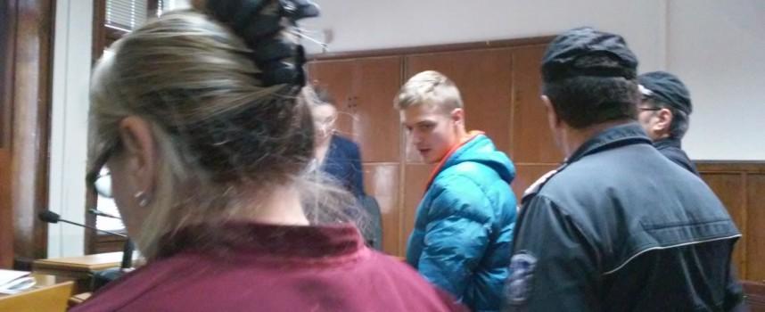 Приятелите на Димитър Костадинов стягат нов протест пред Съдебната палата
