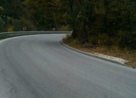 Липса на пътна маркировка обърква водачите по трасето Варвара – гара Костандово