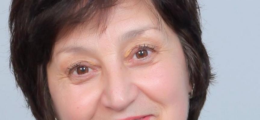 """Утре: Поетесата Стефка Данева представя стихосбирката си """"Тафта"""""""