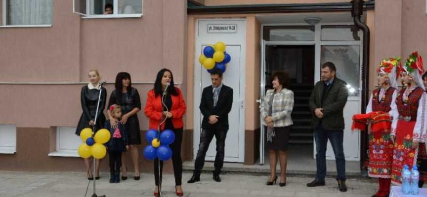 """Пазарджиклии от """"Пловдивска"""": Доволни сме, благодарим на Кмета и на Министърката"""