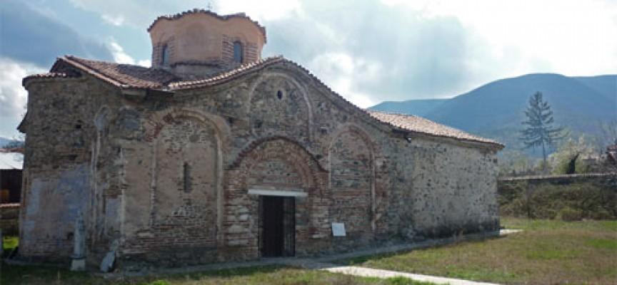 """Дванадесет вековният храм """"Свети Димитър"""" в Паталеница и днес крие тайни"""