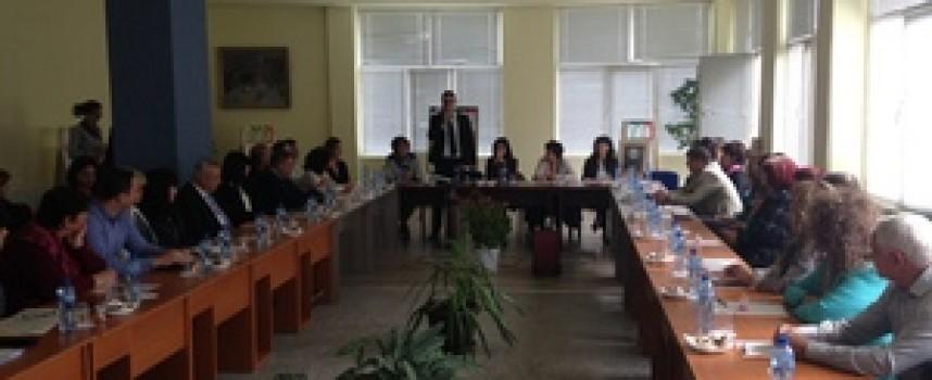 Кунева: Време е пазарът на образованието да срещне пазарът на труда