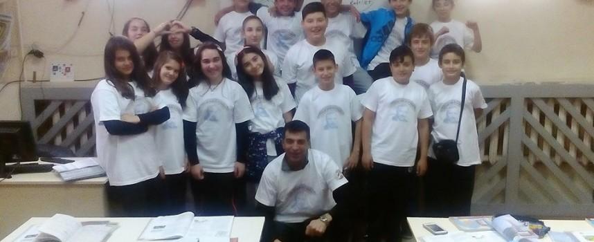 """Учениците от ОУ""""Проф. Иван Батаклиев"""" отбелязаха Деня на будителите"""