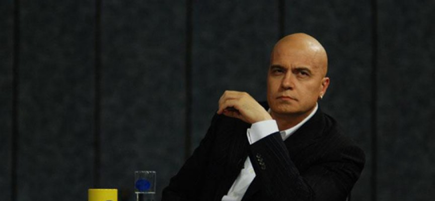 Слави Трифонов дава заявка за участие в партийния живот