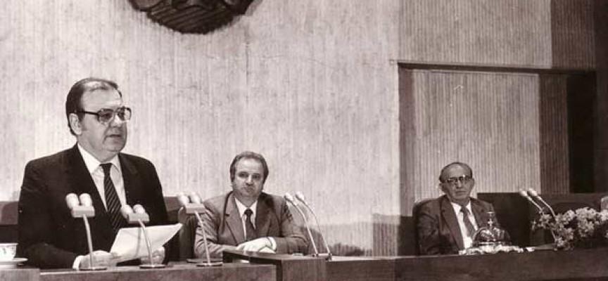 Преди 27 години: Свалиха от власт Тодор Живков и започна безкрайният преход