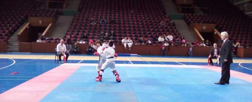 Над 50 деца се включиха в Регионален турнир по карате, вижте наградените