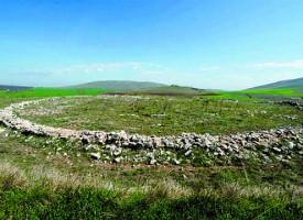 Тракийски владетели са погребани край Исперихово, тайните на бесите са проучвани от археолози
