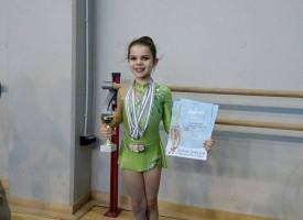 Аплодисменти: Два златни и един бронзов медал за Дара от Akademic Winter Cup Sofia