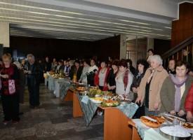 """В понеделник: Кулинарна изложба """"От кухнята на баба и виното на дядо"""""""