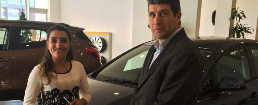 Ето новата кола на късметлийката Иванка Кавъркова