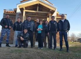 Момчетата от Ада дариха предколедно пари за параклис в Крали Марко