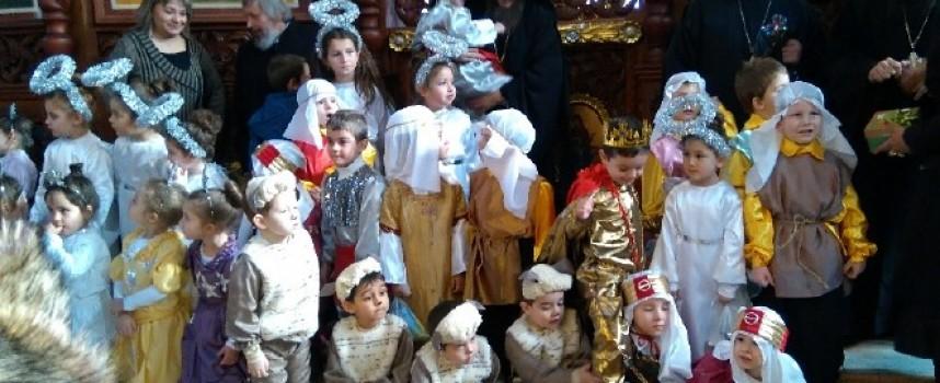"""Рождественско тържество в храма Св. Георги направиха децата от """"Валентина Терешкова"""""""