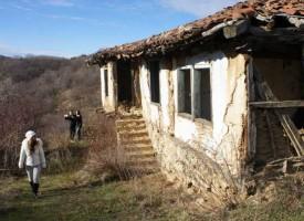 """Зимна разходка до """"забравеното"""" село Голак"""