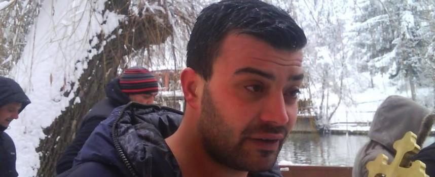 """Във Велинград: Димитър Джальов хвана кръста в """"Клептуза"""""""