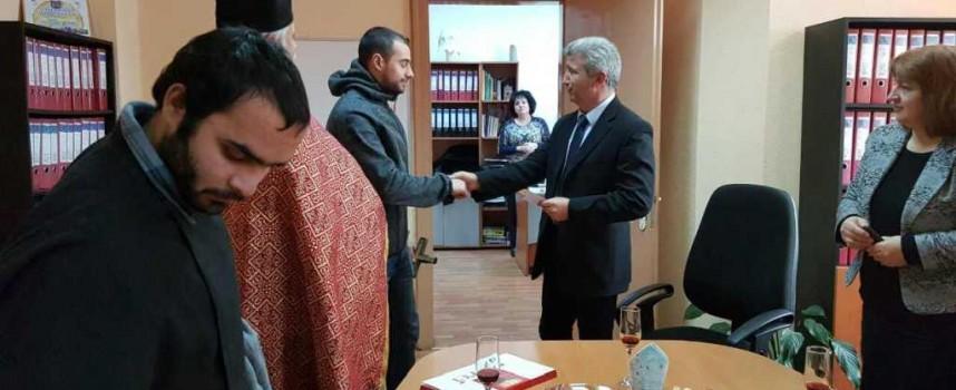 В Пещера: Михаил Комбуянов улови кръста за втори път