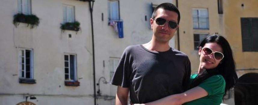 """Корицата на """"101 романтични места в България"""" е снимана в Блатница, българският Прованс"""