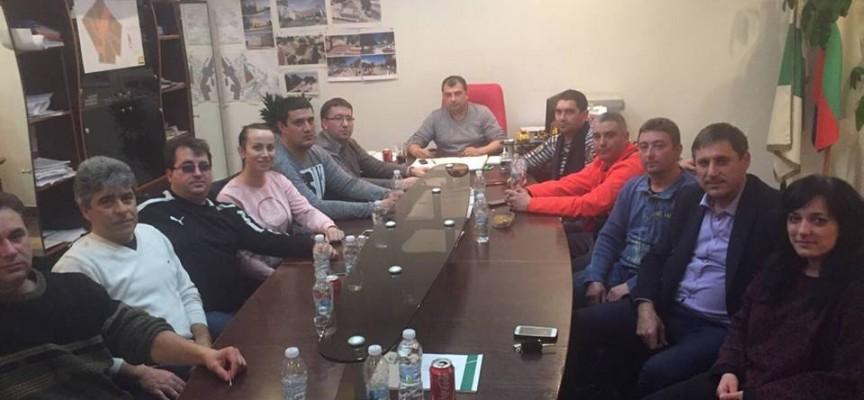 """Съветниците на ГЕРБ в ОбС – Септември дариха по 1 заплата за фонд """"Ин витро"""""""